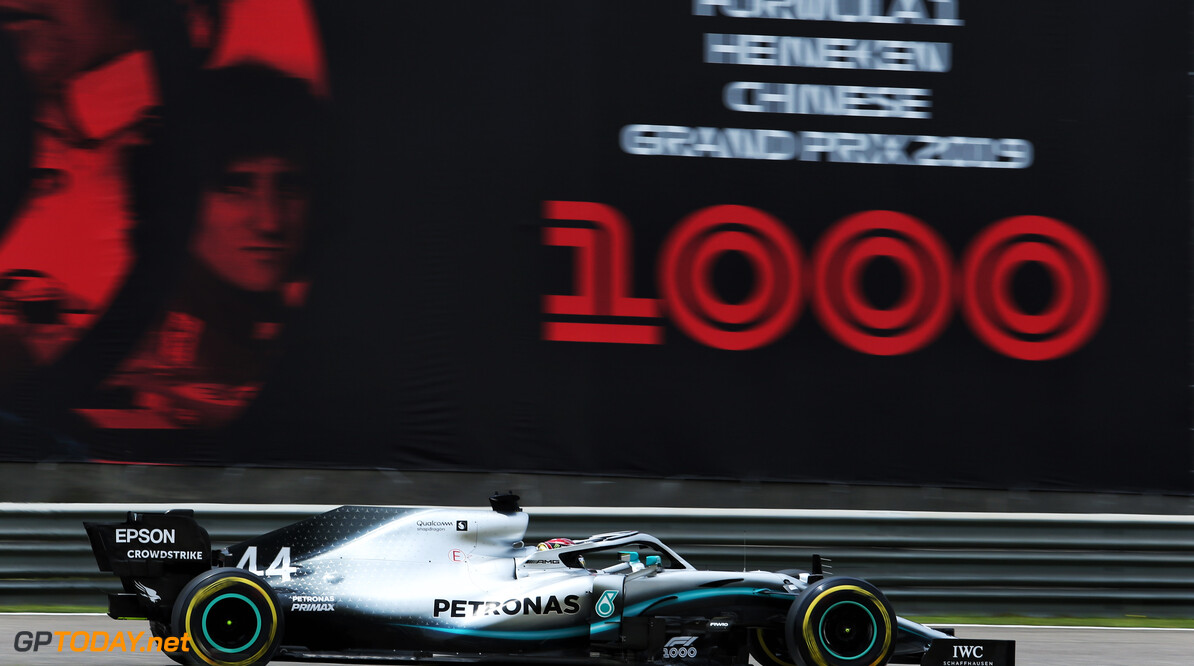 <strong>Chinese GP</strong>: Hamilton storms to race victory