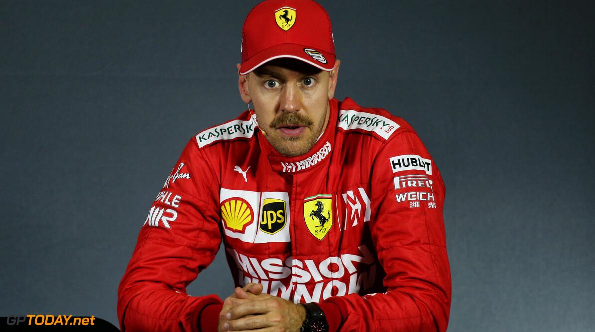 Vettel geïrriteerd door 'slechte journalistiek' over Ferrari teamorders