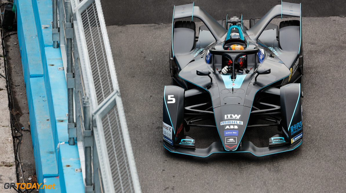 2019 Rome E-prix CIRCUITO CITTADINO DELL'EUR, ITALY - APRIL 12: Stoffel Vandoorne (BEL), HWA Racelab, VFE-05 during the Rome E-prix at Circuito Cittadino dell'EUR on April 12, 2019 in Circuito Cittadino dell'EUR, Italy. (Photo by Sam Bloxham / LAT Images) 2019 Rome E-prix Sam Bloxham  Italy  action electric FE open wheel