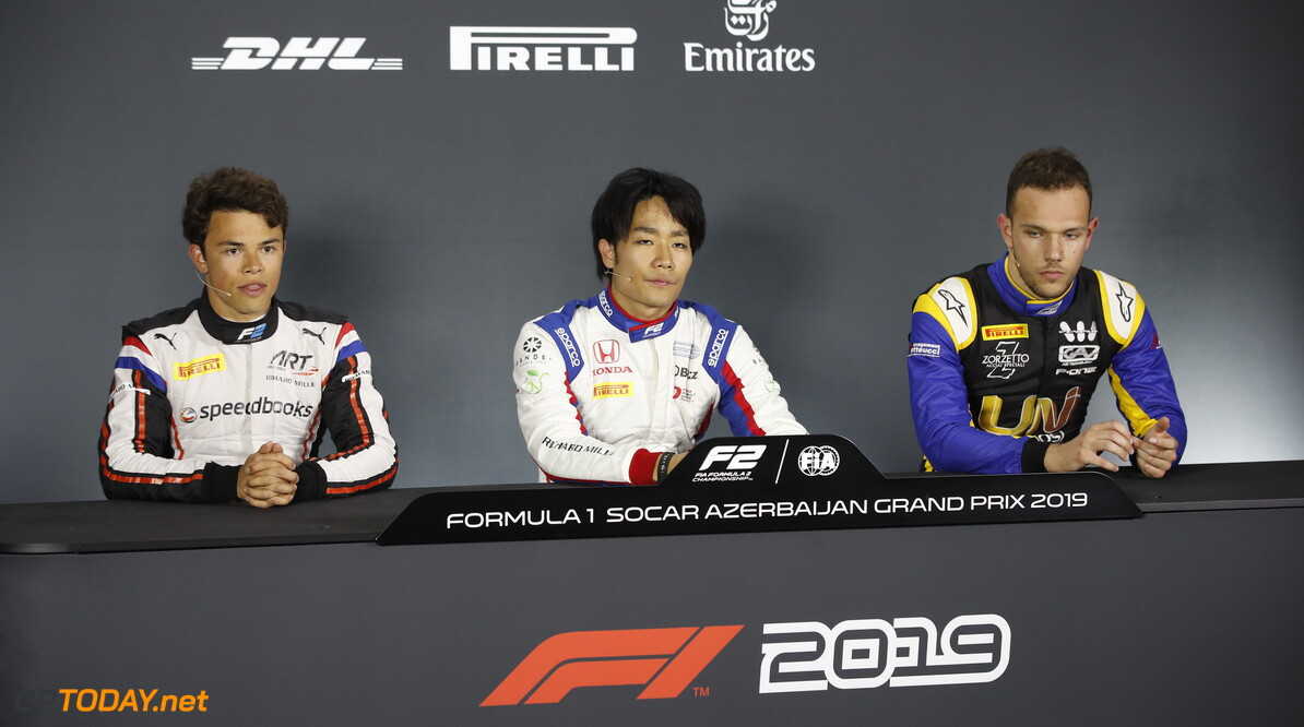 2019 Baku BAKU CITY CIRCUIT, AZERBAIJAN - APRIL 26: Nyck De Vries (NLD, ART GRAND PRIX) Nobuharu Matsushita (JPN, CARLIN) and Luca Ghiotto (ITA, UNI VIRTUOSI) during the Baku at Baku City Circuit on April 26, 2019 in Baku City Circuit, Azerbaijan. (Photo by Joe Portlock / LAT Images / FIA F2 Championship) 2019 Baku Joe Portlock  Azerbaijan  Qualifying Quali F2 Formula 2