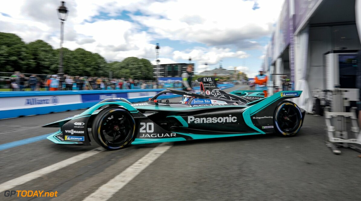 <strong>Paris FP2</strong>: Evans leads as track conditions improve
