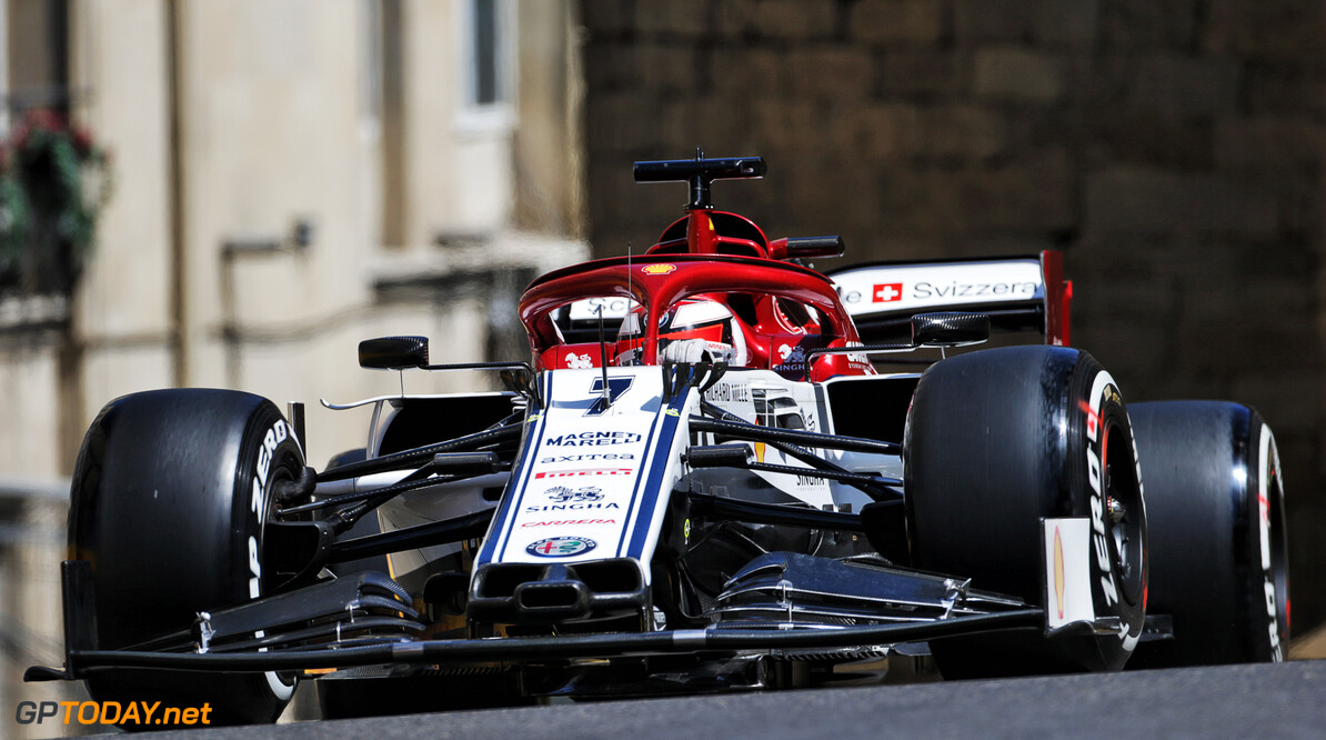 Raikkonen got 'too close' to Hamilton on final Q3 lap