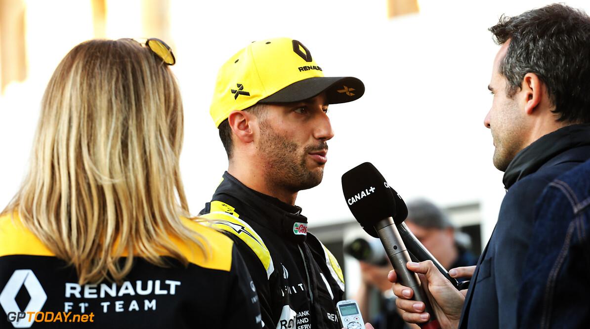 Ricciardo biedt excuses aan Kvyat aan na 'paniekincident'