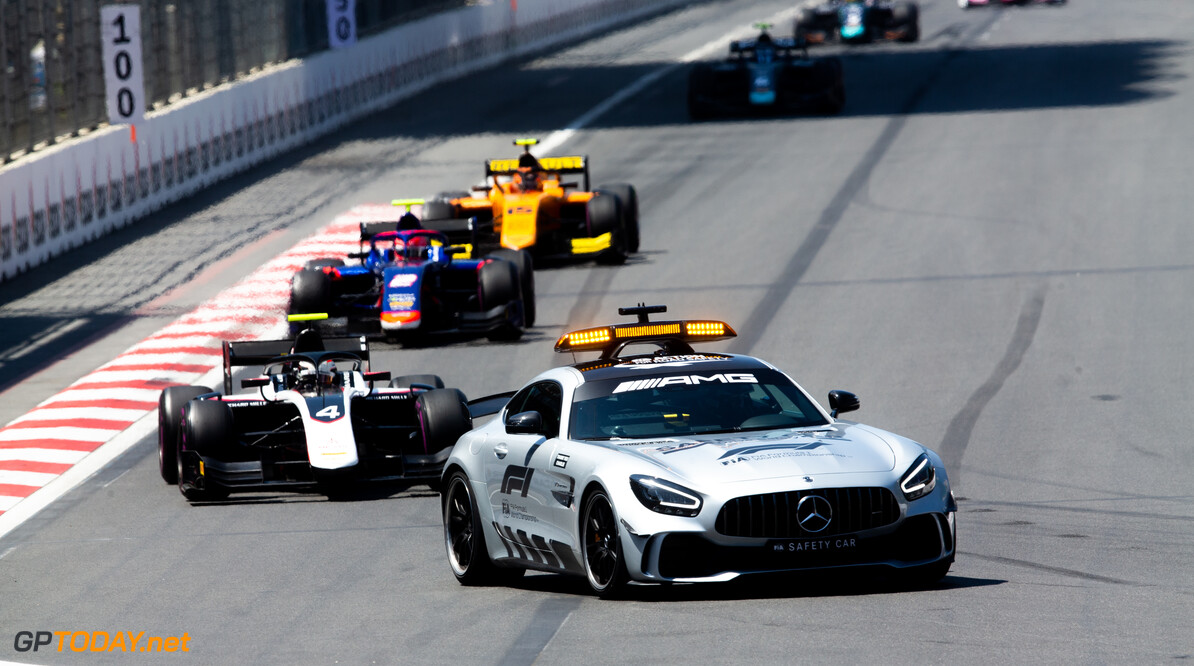 2019 Baku BAKU CITY CIRCUIT, AZERBAIJAN - APRIL 27: Nyck De Vries (NLD, ART GRAND PRIX) and Nobuharu Matsushita (JPN, CARLIN) during the Baku at Baku City Circuit on April 27, 2019 in Baku City Circuit, Azerbaijan. (Photo by Joe Portlock / LAT Images / FIA F2 Championship) 2019 Baku Joe Portlock  Azerbaijan  Race Race 1 F2 Formula 2
