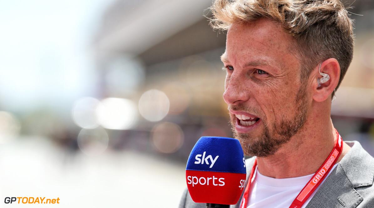 """Jenson Button: """"Waanzin dat Ferrari Vettel zomaar laat gaan"""""""
