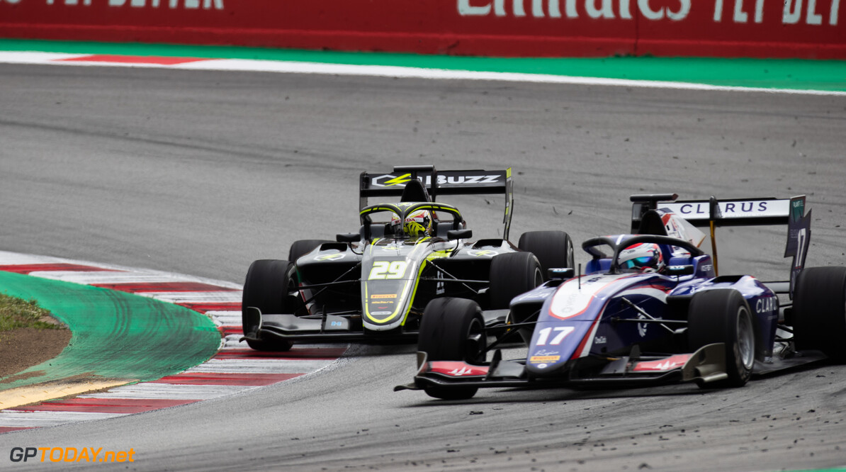 2019 Barcelona CIRCUIT DE BARCELONA-CATALUNYA, SPAIN - MAY 11: Teppei Natori (JPN, Carlin Buzz Racing) and Devlin DeFrancesco (CAN, Trident) during the Barcelona at Circuit de Barcelona-Catalunya on May 11, 2019 in Circuit de Barcelona-Catalunya, Spain. (Photo by Joe Portlock / LAT Images / FIA F3 Championship) 2019 Barcelona Joe Portlock  Spain  Action Race 1 F3 Formula 3 FIA F3