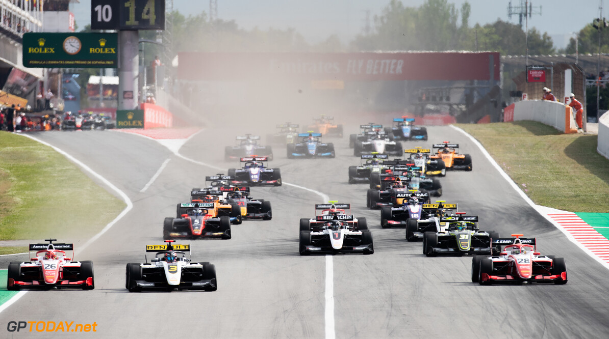 2019 Barcelona CIRCUIT DE BARCELONA-CATALUNYA, SPAIN - MAY 11: Start of race 1 during the Barcelona at Circuit de Barcelona-Catalunya on May 11, 2019 in Circuit de Barcelona-Catalunya, Spain. (Photo by Joe Portlock / LAT Images / FIA F3 Championship) 2019 Barcelona Joe Portlock  Spain  Action Race 1 F3 Formula 3 FIA F3