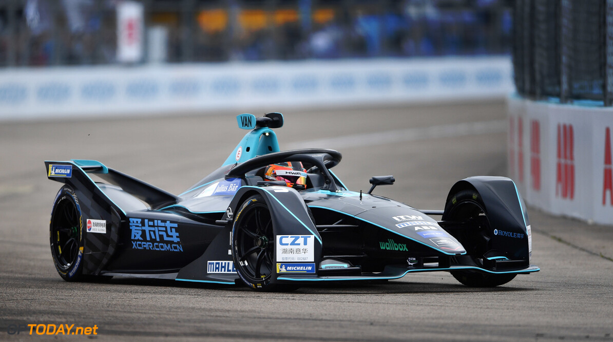 2019 Berlin E-prix BERLIN TEMPELHOF AIRPORT, GERMANY - MAY 25: Stoffel Vandoorne (BEL), HWA Racelab, VFE-05 during the Berlin E-prix at Berlin Tempelhof Airport on May 25, 2019 in Berlin Tempelhof Airport, Germany. (Photo by Simon Galloway / Sutton Images) 2019 Berlin E-prix Simon Galloway  Germany  action ts-live electric FE open wheel