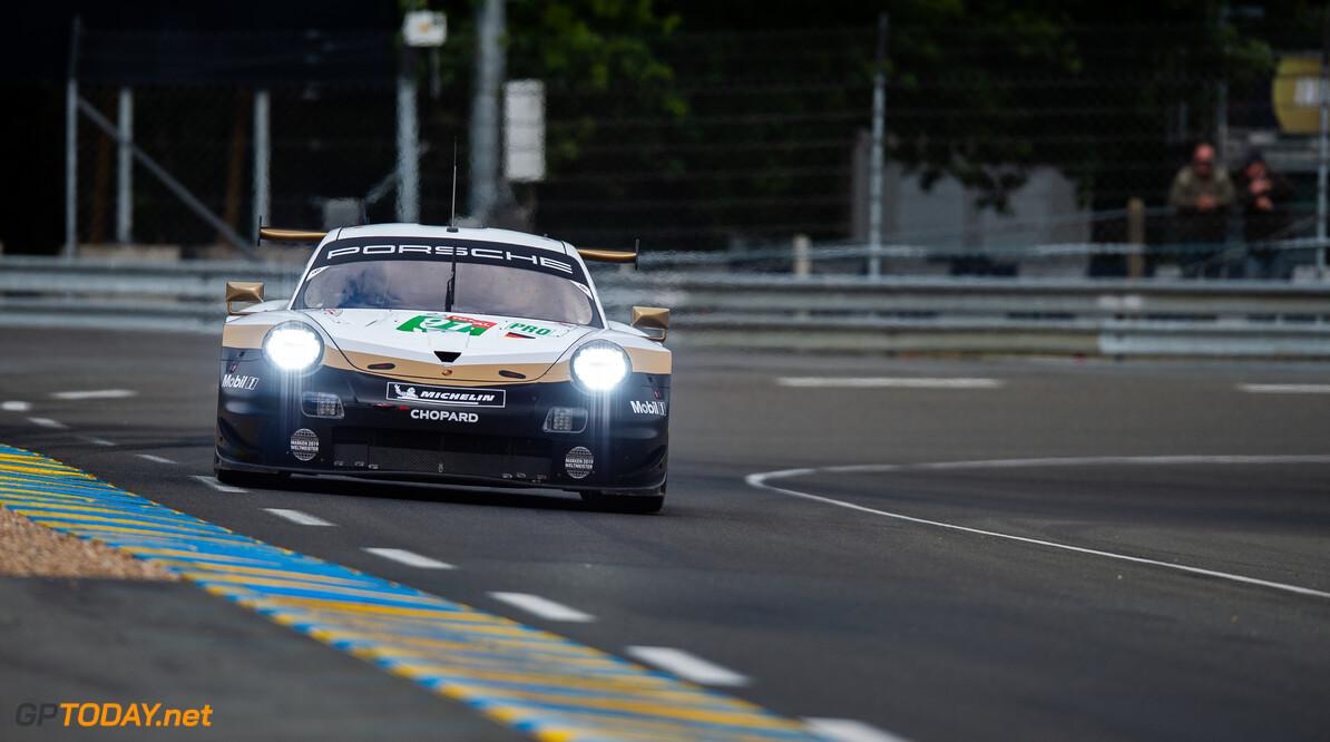 MH-1623.jpg #91 PORSCHE GT TEAM / DEU / Porsche 911 RSR - 24 hours of Le Mans - Circuit de la Sarthe - Le Mans - France - #91 PORSCHE GT TEAM / DEU / Porsche 911 RSR - 24 hours of Le Mans - Circuit de la Sarthe - Le Mans - France - Marius Hecker Le Mans France  Adrenal Media - Le Mans - France - 24h Le Mans - Super Season