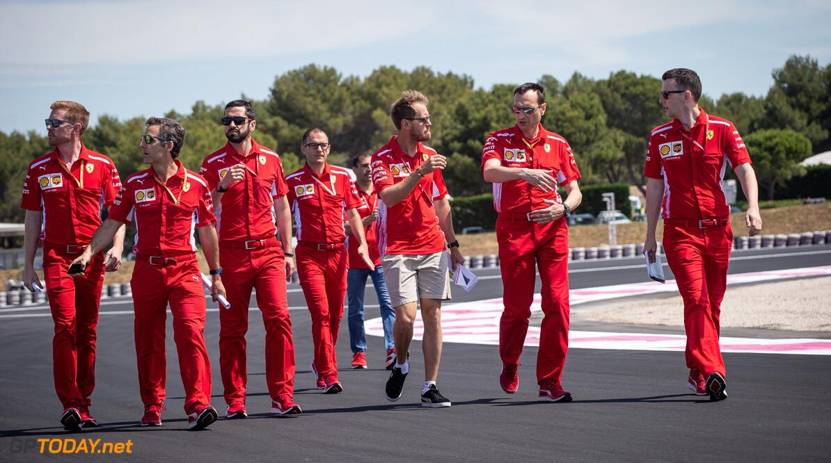 Sebastian Vettel wordt moedeloos van Duitstalige media