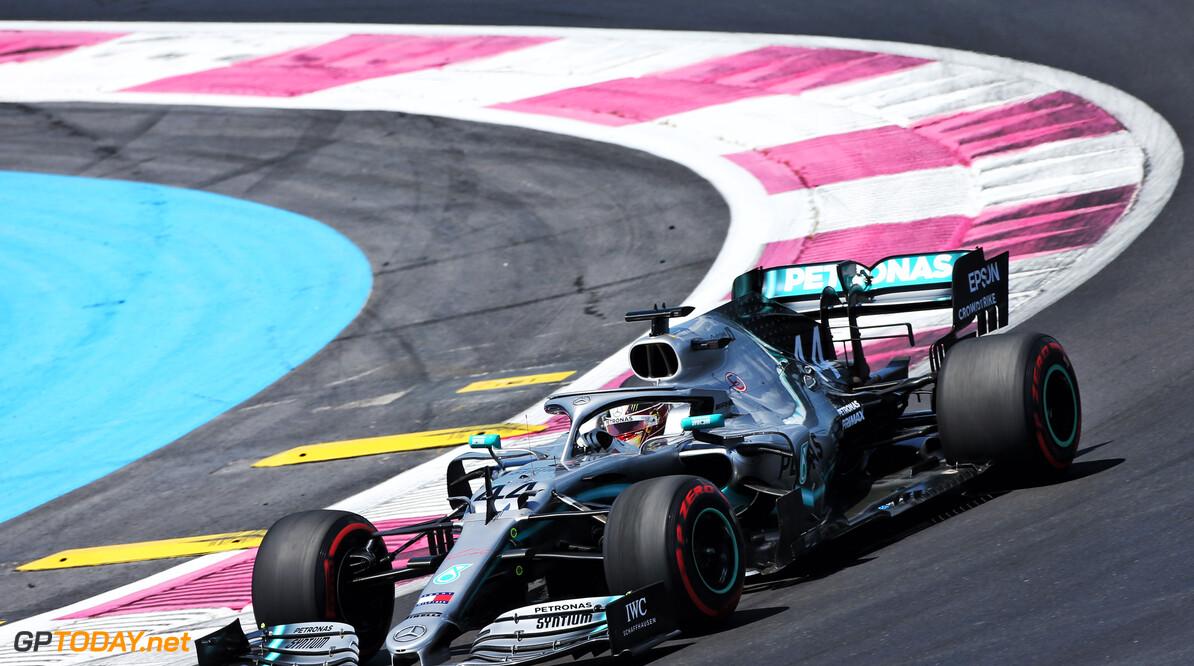 <b>Kwalificatie</b>: Hamilton leidt Mercedes-feestje, Verstappen vierde