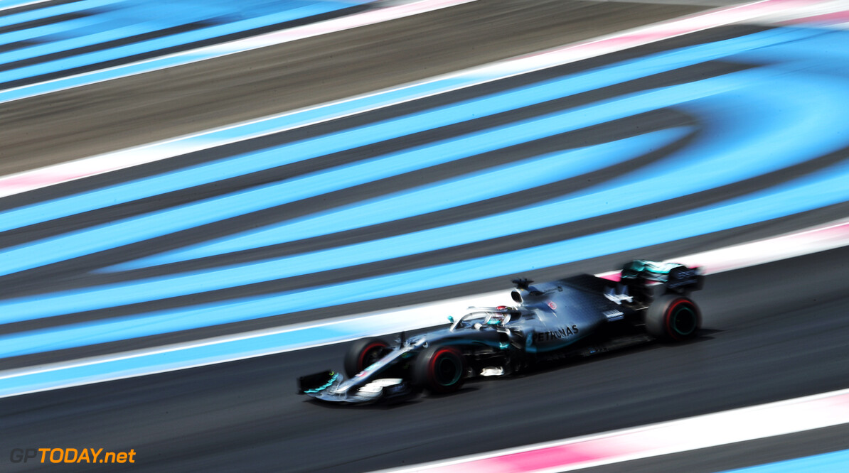 <strong>Qualifying:</strong> Hamilton on pole as Mercedes locks out front row