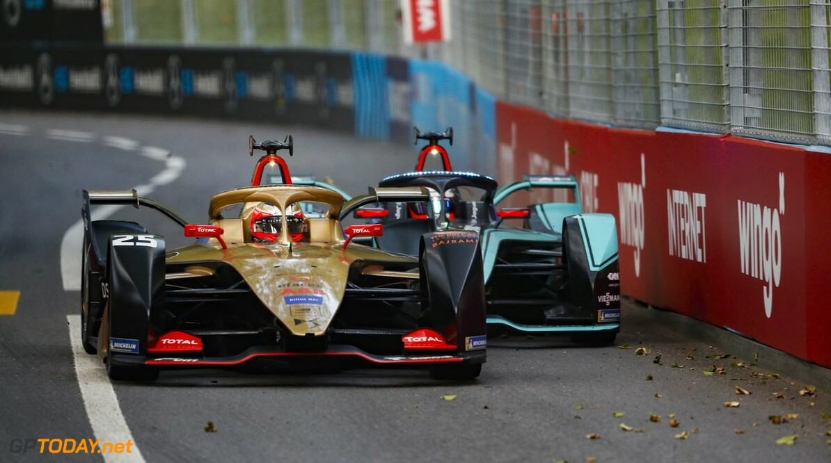 <strong>Swiss ePrix</strong>: Vergne holds off Evans for victory