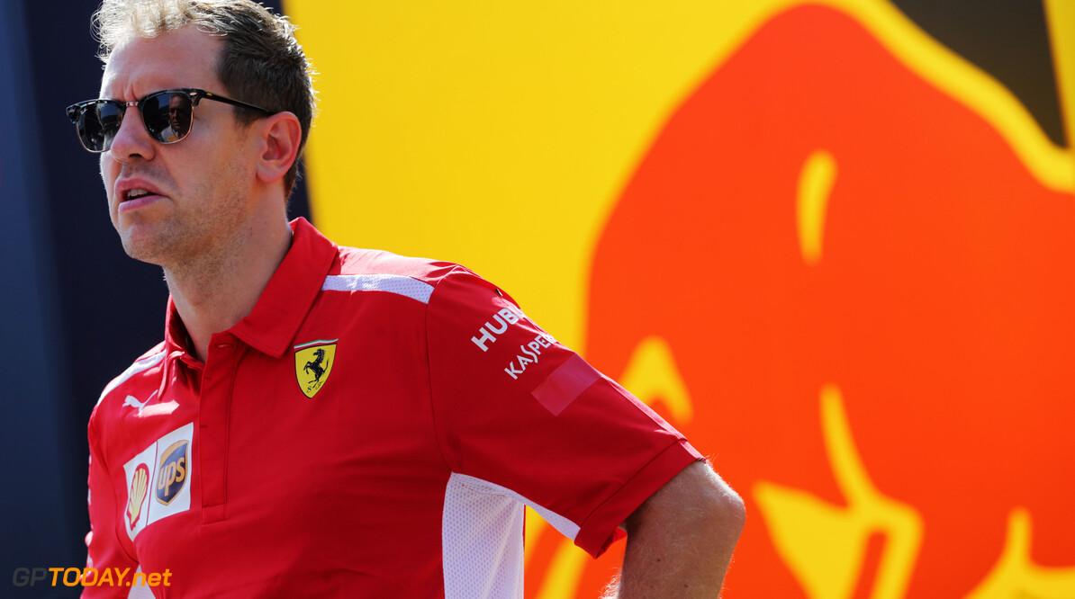 """Horner ontwijkt vragen over terugkeer Vettel bij Red Bull: """"Hebben een speciale band"""""""
