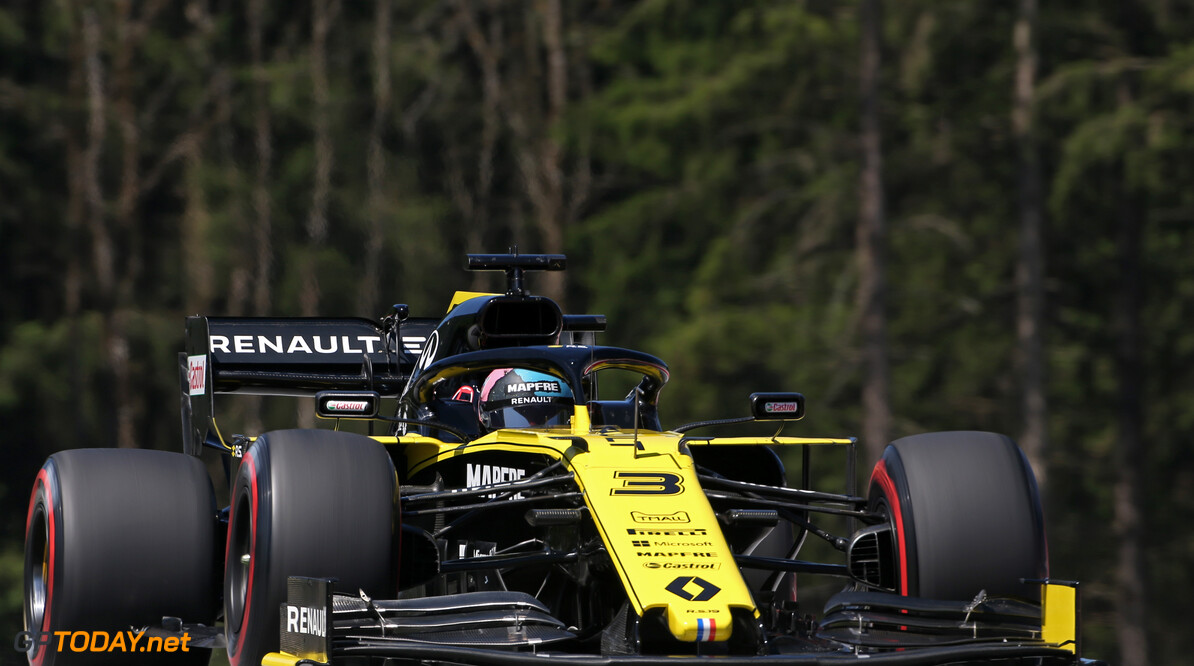 Formula One World Championship Daniel Ricciardo (AUS), Renault F1 Team  29.06.2019. Formula 1 World Championship, Rd 9, Austrian Grand Prix, Spielberg, Austria, Qualifying Day. - www.xpbimages.com, EMail: requests@xpbimages.com - copy of publication required for printed pictures. Every used picture is fee-liable. (C) Copyright: Charniaux / XPB Images Motor Racing - Formula One World Championship - Austrian Grand Prix - Qualifying Day - Spielberg, Austria xpbimages.com Spielberg Austria  Formel1 Formel F1 Formula 1 Formula1 GP Grand Prix one Circuit Austria Austrian Spielberg Zeltweg Saturday June 29 06 6 2019 Qualifying Action Track