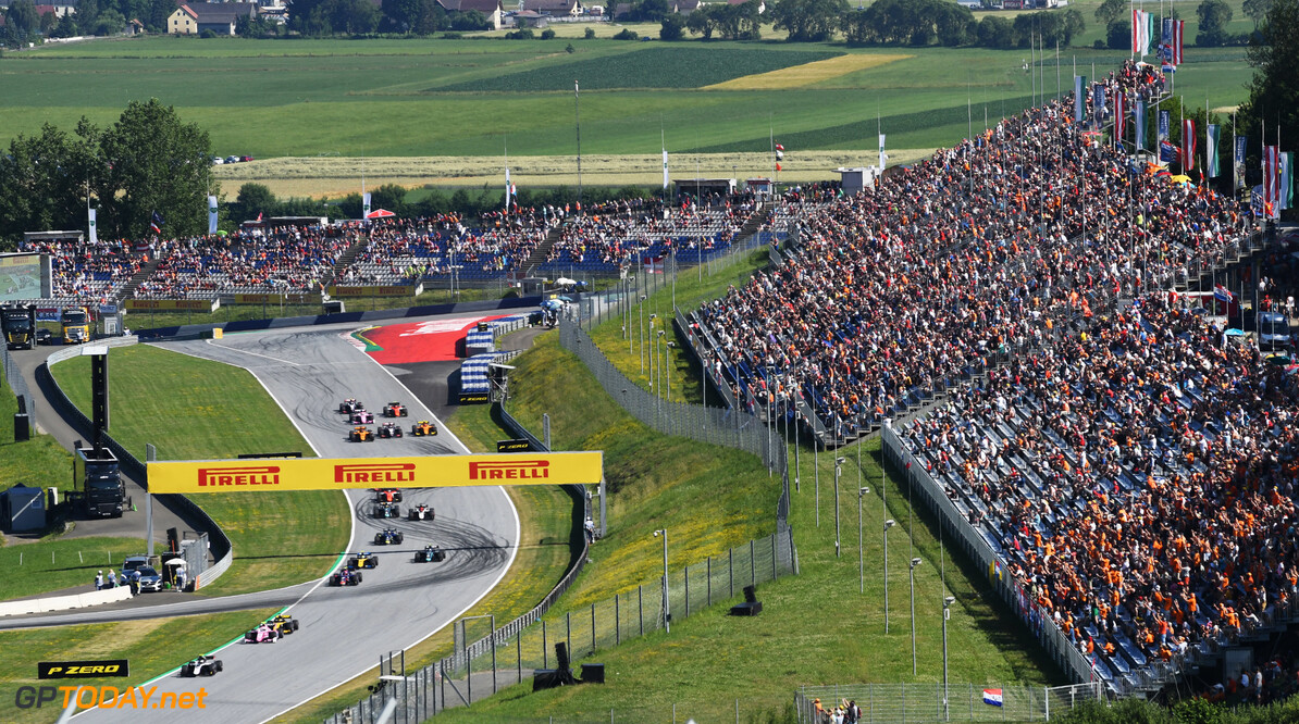 FIA Formula 2 RED BULL RING, AUSTRIA - JUNE 29: Nyck De Vries (NLD, ART GRAND PRIX) leads at the start of the race during the Spielberg at Red Bull Ring on June 29, 2019 in Red Bull Ring, Austria. (Photo by Jerry Andre / LAT Images / FIA F2 Championship) FIA Formula 2 Jerry Andre  Austria  action