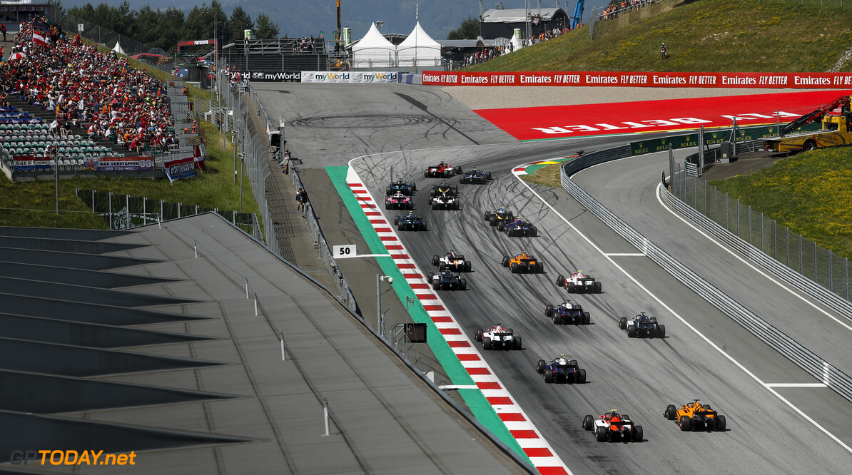 FIA Formula 2 RED BULL RING, AUSTRIA - JUNE 30: Louis Deletraz (CHE, CARLIN), Jordan King (GBR, MP MOTORSPORT), Guanyu Zhou (CHN, UNI VIRTUOSI) and Sergio Sette Camara (BRA, DAMS) at the start of the race during the Spielberg at Red Bull Ring on June 30, 2019 in Red Bull Ring, Austria. (Photo by Zak Mauger / LAT Images / FIA F2 Championship) FIA Formula 2 Zak Mauger  Austria  action start rear ts-live
