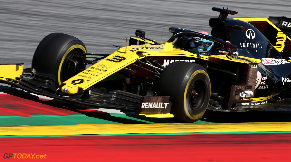 Formula One World Championship Daniel Ricciardo (AUS), Renault F1 Team  30.06.2019 Formula 1 World Championship, Rd 9, Austrian Grand Prix, Spielberg, Austria, Race Day. - www.xpbimages.com, EMail: requests@xpbimages.com - copy of publication required for printed pictures. Every used picture is fee-liable. (C) Copyright: Charniaux / XPB Images Motor Racing - Formula One World Championship - Austrian Grand Prix - Race Day - Spielberg, Austria xpbimages.com Spielberg Austria  Formel1 Formel F1 Formula 1 Formula1 GP Grand Prix one Circuit Austria Austrian Spielberg Zeltweg Sunday 30 06 6 2019 June Race Action Track