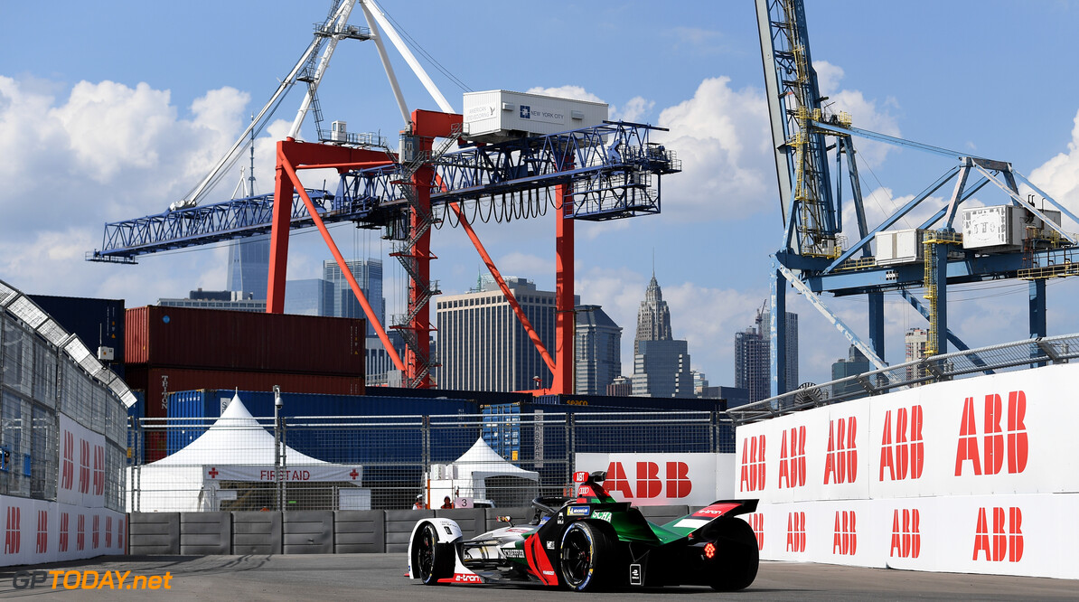 2019 New York City E-prix I BROOKLYN STREET CIRCUIT, UNITED STATES OF AMERICA - JULY 12: Daniel Abt (DEU), Audi Sport ABT Schaeffler, Audi e-tron FE05 during the New York City E-prix I at Brooklyn Street Circuit on July 12, 2019 in Brooklyn Street Circuit, United States of America. (Photo by Sam Bagnall / LAT Images) 2019 New York City E-prix I Sam Bagnall New York United States of America  action rear electric FE open wheel