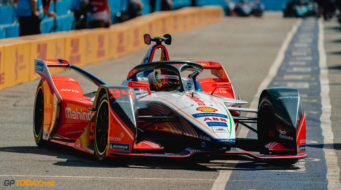 2019 New York City E-prix I BROOKLYN STREET CIRCUIT, UNITED STATES OF AMERICA - JULY 12: Pascal Wehrlein (DEU), Mahindra Racing, M5 Electro in the pit lane during the New York City E-prix I at Brooklyn Street Circuit on July 12, 2019 in Brooklyn Street Circuit, United States of America. (Photo by LAT Images) 2019 New York City E-prix I Dan Bathie  United States of America  action pits electric FE open wheel