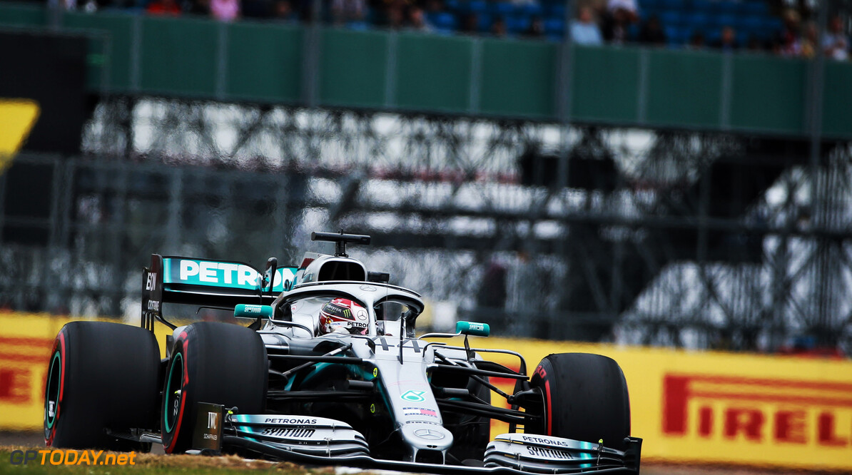 <strong>British Grand Prix:</strong> Hamilton wins chaotic Silverstone race