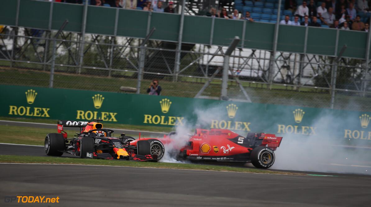 """Vettel schuldbewust: """"Dacht dat er een gat kwam, maar dat was niet zo"""""""