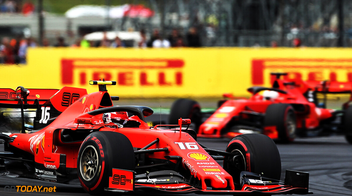 Vettel geeft aan dat strijd met Charles Leclerc anders is dan met Daniel Ricciardo