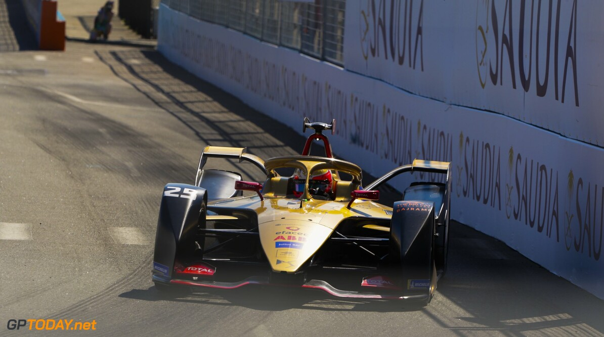 <strong>New York ePrix Race 2:</strong> Frijns fights back to win, Vergne crowned season six champion