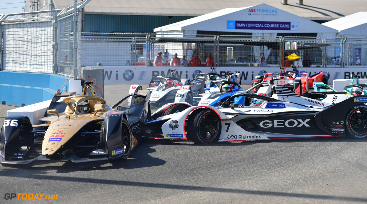 2019 New York City E-prix II BROOKLYN STREET CIRCUIT, UNITED STATES OF AMERICA - JULY 14: Jose Maria Lopez (ARG), GEOX Dragon Racing, Penske EV-3 spins into Andre Lotterer (DEU), DS TECHEETAH, DS E-Tense FE19 during the New York City E-prix II at Brooklyn Street Circuit on July 14, 2019 in Brooklyn Street Circuit, United States of America. (Photo by Simon Galloway / LAT Images) 2019 New York City E-prix II Simon Galloway  United States of America  action accident group electric FE open wheel