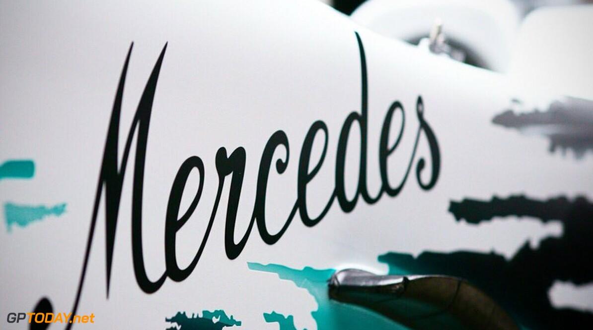 Mercedes toont eenmalige livery met witte neus en cockpit voor Duitse Grand Prix