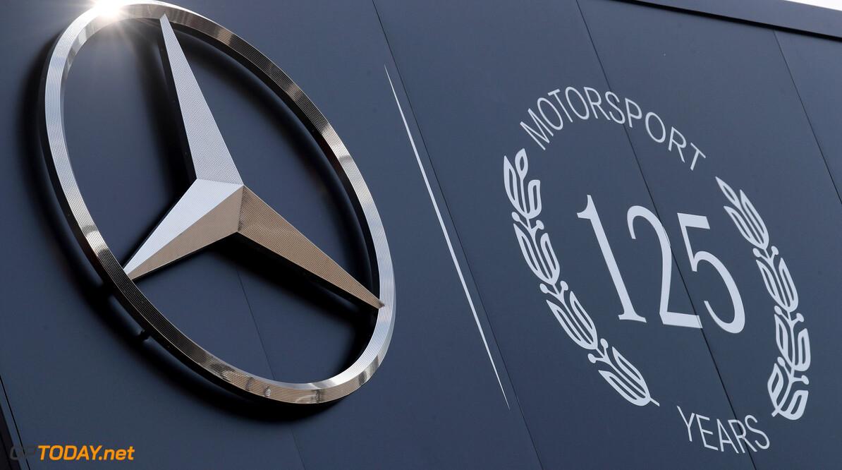 'Alle sponsor- en sportactiviteiten van Mercedes ter discussie'