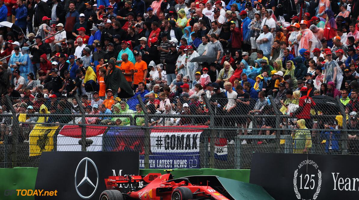 Leclerc haalt uit naar 'onacceptabele, spekgladde' uitloopstrook in laatste bochten