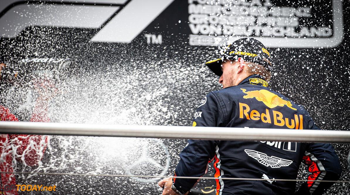"""Verstappen acht wereldtitel in 2019 onmogelijk: """"Mercedes te sterk"""""""