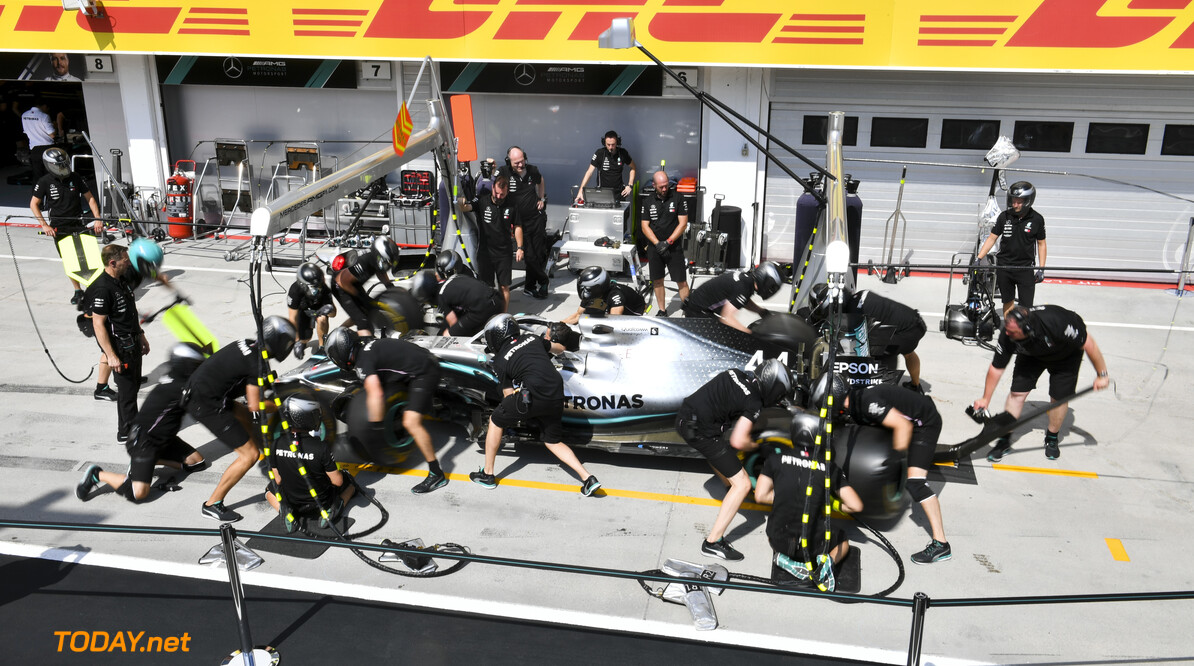 2019 Hungarian GP HUNGARORING, HUNGARY - AUGUST 01: Mercedes AMG F1 pit stop practice during the Hungarian GP at Hungaroring on August 01, 2019 in Hungaroring, Hungary. (Photo by Mark Sutton / LAT Images) 2019 Hungarian GP Mark Sutton  Hungary  Portrait