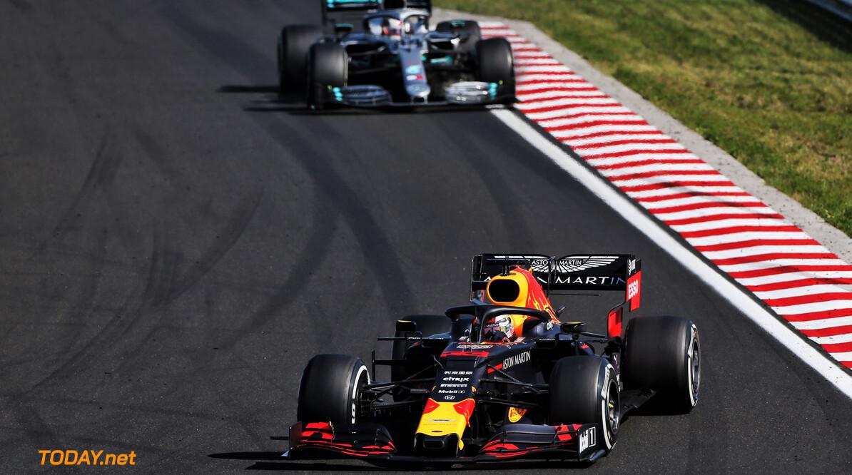 Horner defends decision not to pit Verstappen amid Hamilton battle