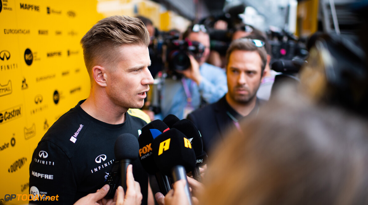 """Sainz en Vettel steken Hulkenberg hart onder de riem: """"Hij verdient een plaats op de grid"""""""