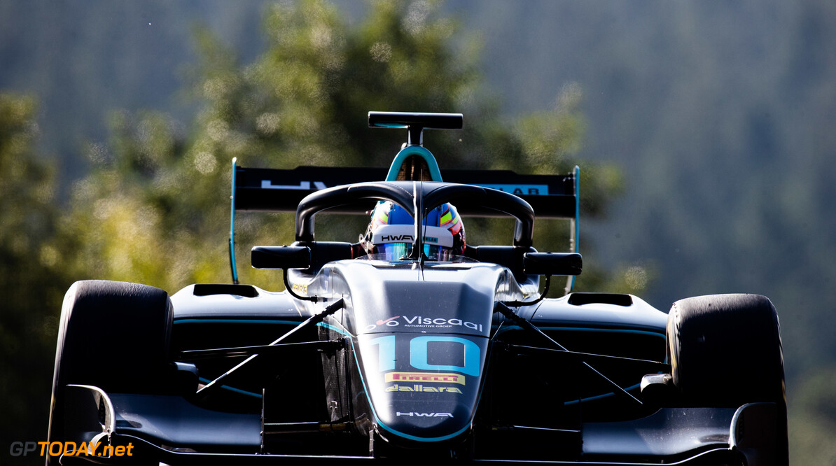 FIA Formula 3 SPA-FRANCORCHAMPS, BELGIUM - AUGUST 30: Bent Viscaal (NLD, HWA RACELAB) during the Spa-Francorchamps at Spa-Francorchamps on August 30, 2019 in Spa-Francorchamps, Belgium. (Photo by Joe Portlock / LAT Images / FIA F3 Championship) FIA Formula 3 Joe Portlock  Belgium  FIA Formula 3 F3 Formula 3 FIA F3