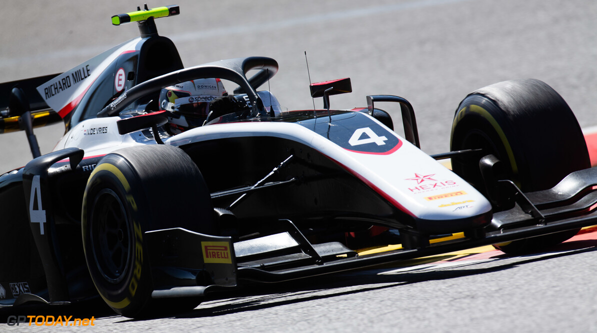 Championship leader De Vries disqualified from qualifying