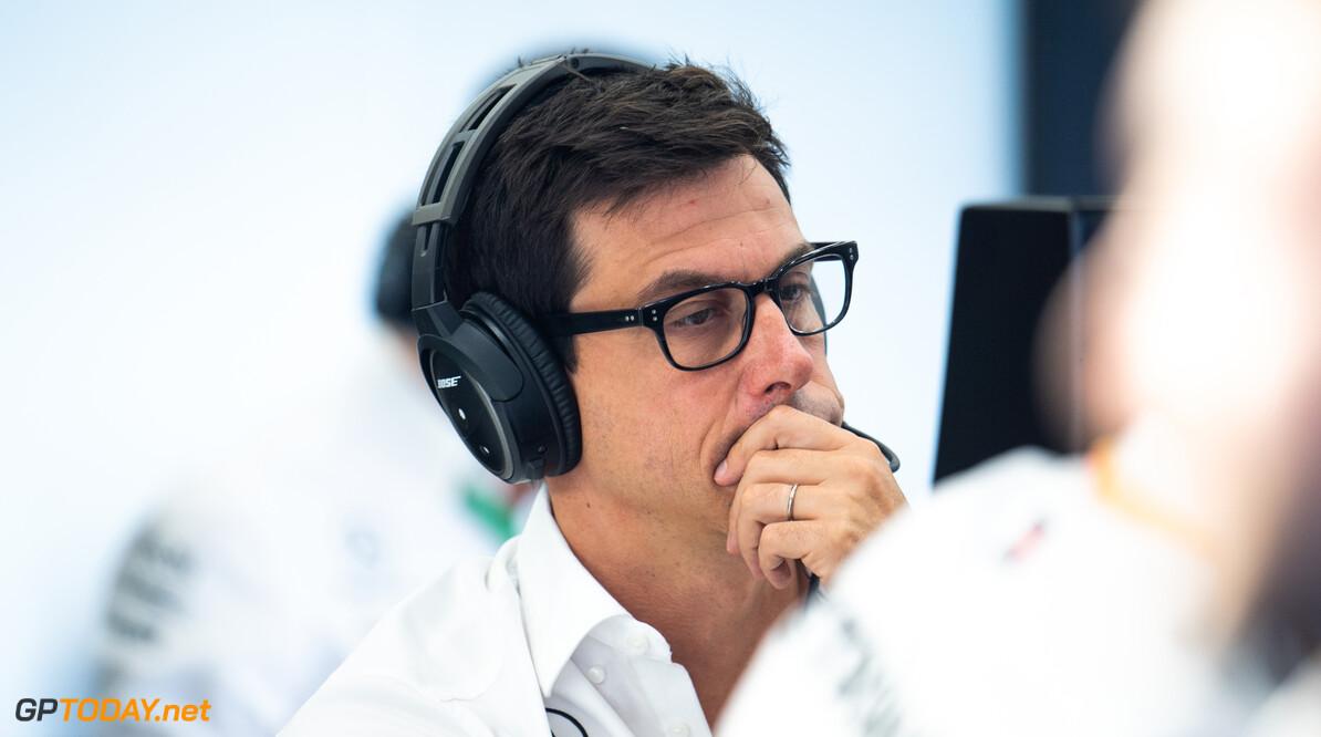 """Wolff: """"Max Verstappen waarschijnlijk onze enige tegenstander in Singapore"""""""
