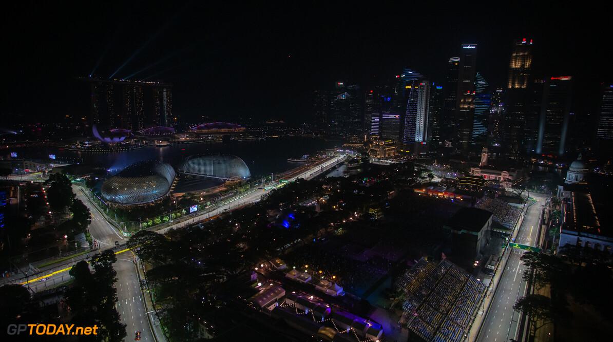 <b>Video: </b>De start van de Grand Prix van Singapore vanuit elke hoek