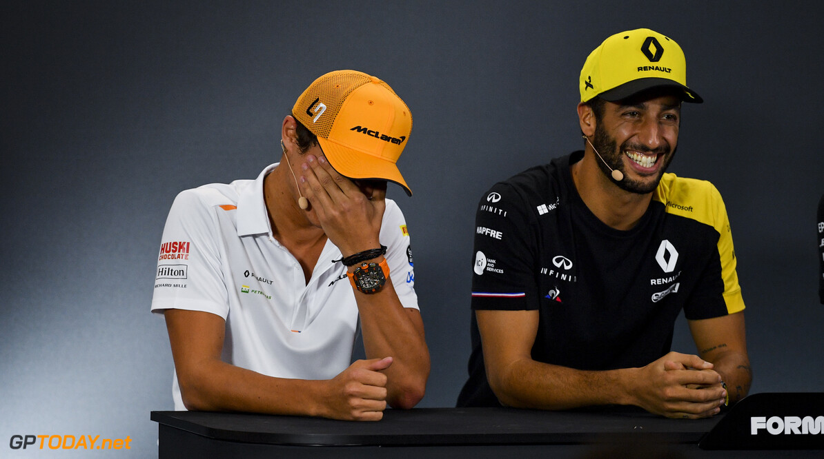 2019 Singapore GP SINGAPORE STREET CIRCUIT, SINGAPORE - SEPTEMBER 19: Lando Norris, McLaren and Daniel Ricciardo, Renault F1 Team in the Press Conference during the Singapore GP at Singapore Street Circuit on September 19, 2019 in Singapore Street Circuit, Singapore. (Photo by Simon Galloway / Motorsport Images) 2019 Singapore GP Simon Galloway  Singapore  Portrait