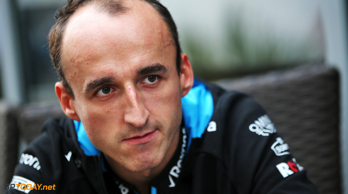 Kubica in no rush to decide 2020 role