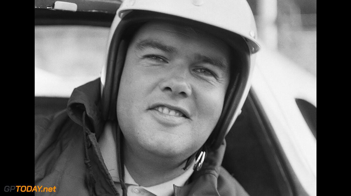 Ben Pon 16e Tulpen Rally gestart in Noordwijk, Ben Pon  *21 april 1964  Jac. de Nijs / Anefo