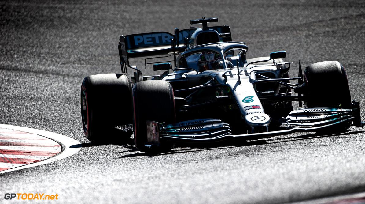Gaan Rossi en Hamilton van motor en auto ruilen voor een test?