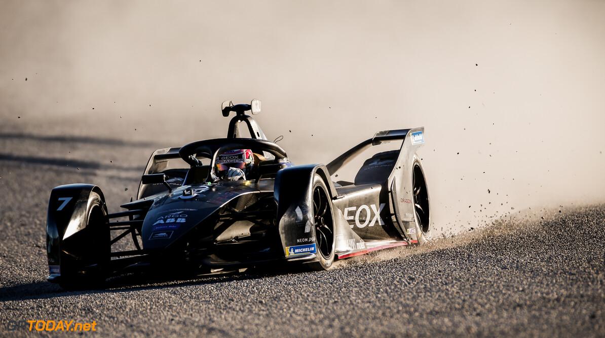 Nico Muller (CHE), GEOX Dragon, Penske EV-4, in the gravel trap   Andrew Ferraro    action acident