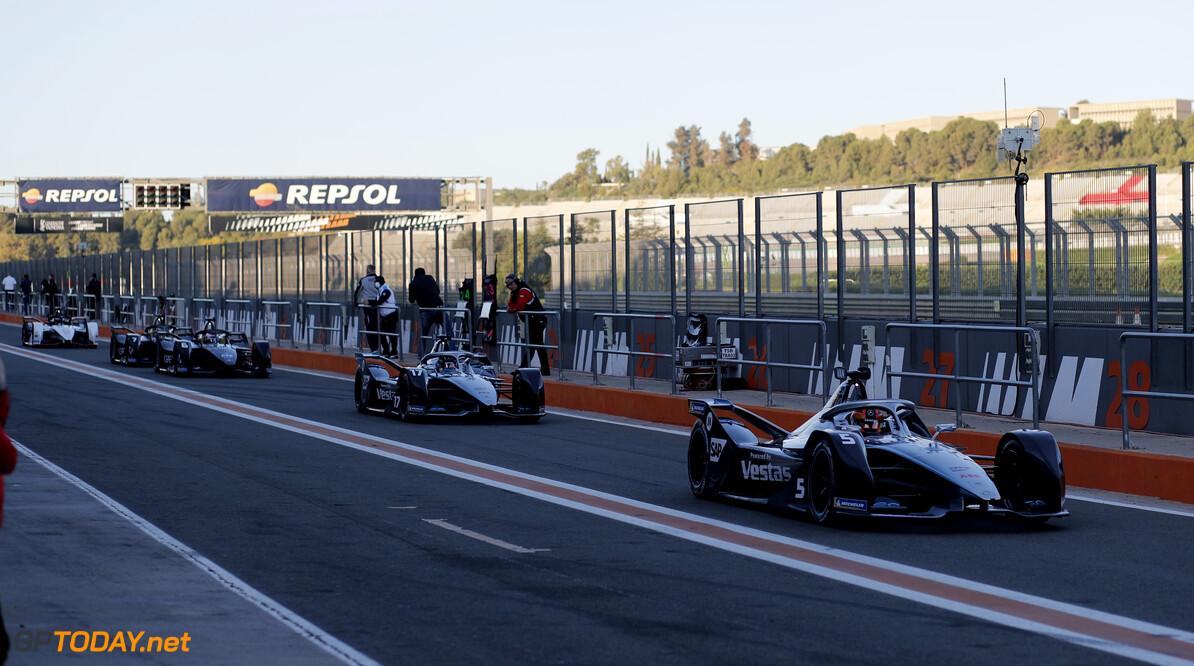 Stoffel Vandoorne (BEL), Mercedes Benz EQ Formula, EQ Silver Arrow 01, Nyck de Vries (NLD), Mercedes Benz EQ, EQ Silver Arrow 01   Sam Bloxham    action