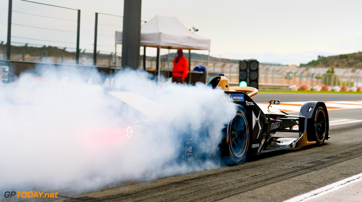 Jean-Eric Vergne (FRA), DS Techeetah, DS E-Tense FE20, burn out in the pit lane   Sam Bloxham    action