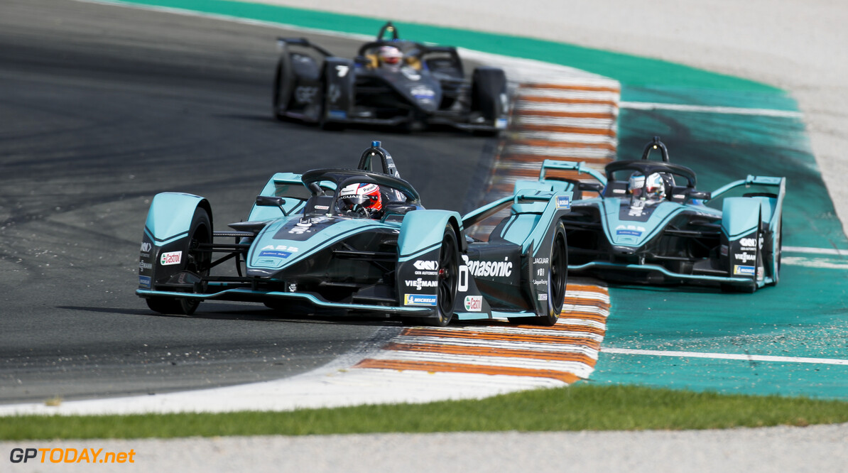 Mitch Evans (NZL), Panasonic Jaguar Racing, Jaguar I-Type 4 leds James Calado (GBR), Panasonic Jaguar Racing, Jaguar I-Type 4   Joe Portlock