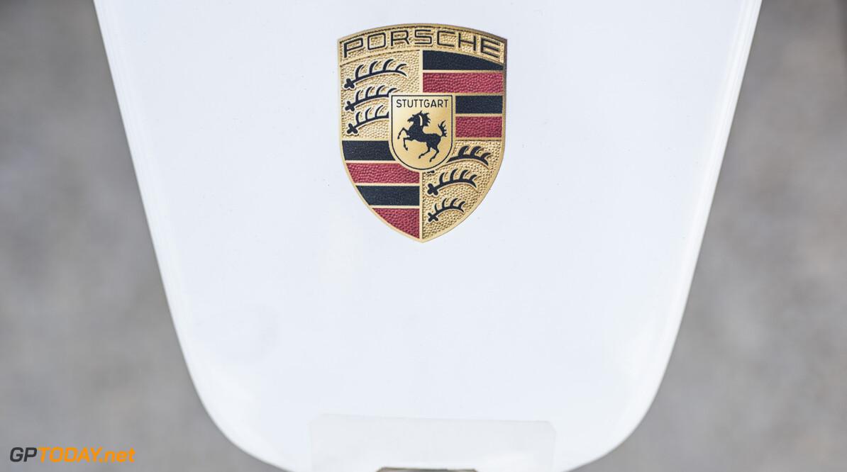 Porsche Nose Cone  Sam Bloxham    fegen