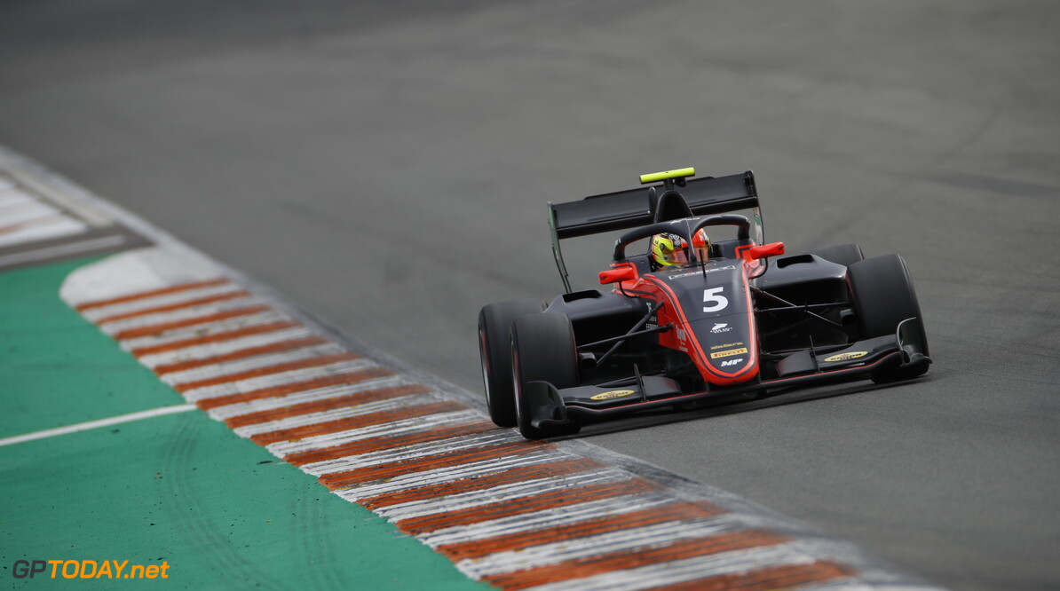 FIA Formula 3 OCTOBER 20: Lorenzo Colombo (ITA, MP Motorsport) during the Valencia Test on October 20, 2019. (Photo by Joe Portlock) FIA Formula 3 Joe Portlock    FIA Formula 3 F3 Formula 3 FIA F3